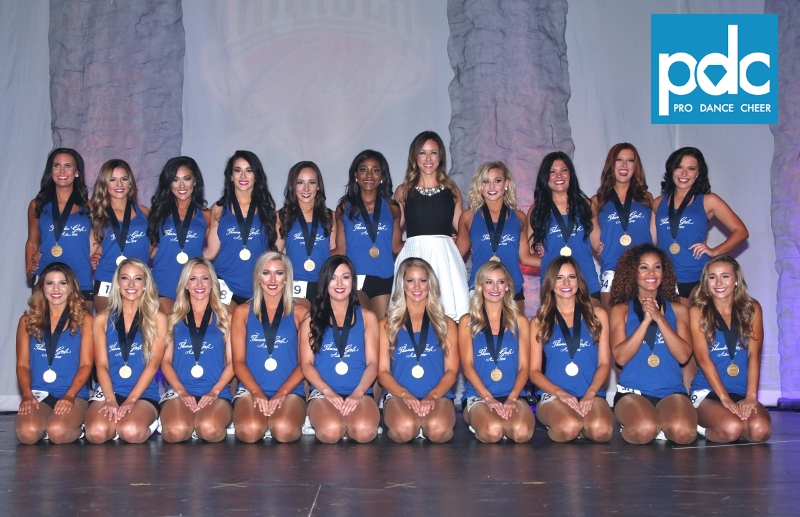 2016-17 Thunder Girls (1)