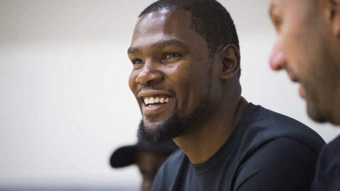Kevin Durant Is Newest Mvp For Alaska Airlines Pro Dance Cheer