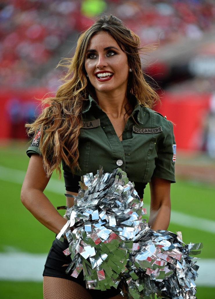 NFL Week 10 cheerleaders