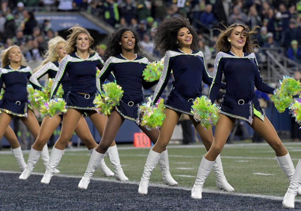 Nfl Cheerleaders Photos From Week 11 Pro Dance Cheer